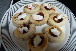 Caramelised onion, beetroot and goats cheese vol au vents