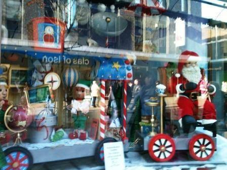 Fewnwicks christmas windows