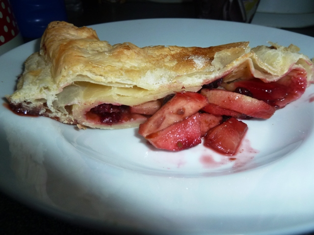 Apple and blackberry strudel