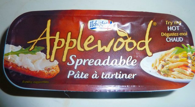 Applewood Spreadable Cheese