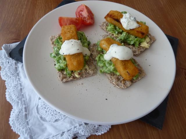 Ryvita Fish finger sandwiches