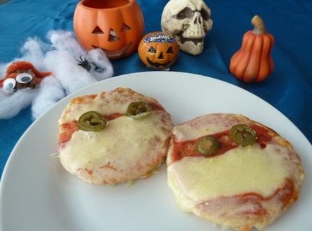 Mummy pizzas: Halloween Party Food