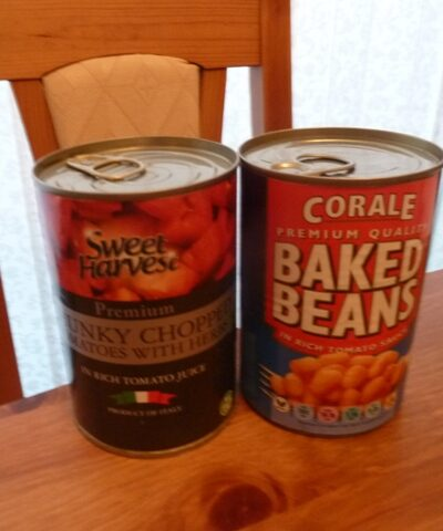 Tomatoes and baked beans