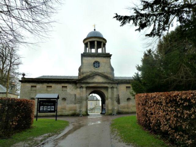 Entrace to Wallington hall