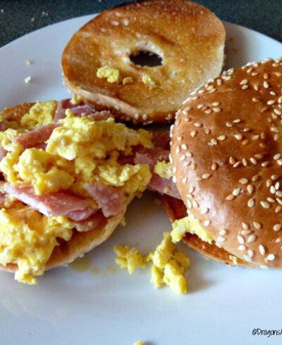 egg and bacon bagel
