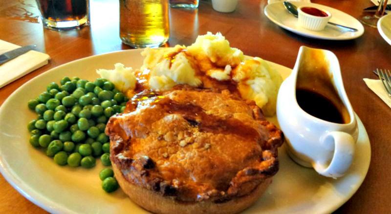 Steak, mushroom and Guiness pie