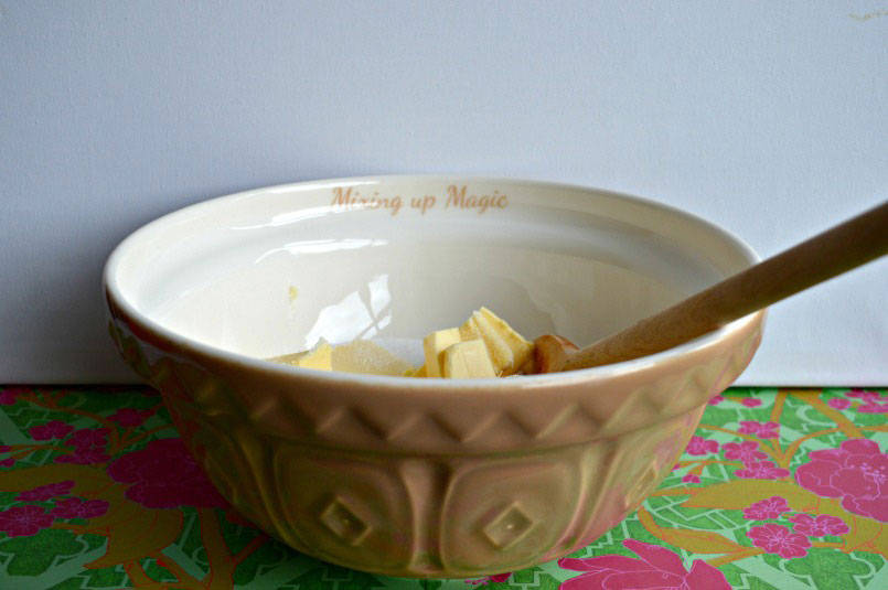 Personalised mixing bowl from Pressybox
