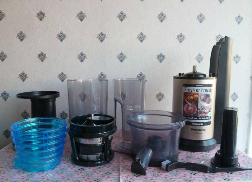 Panasonic slow juicer in parts