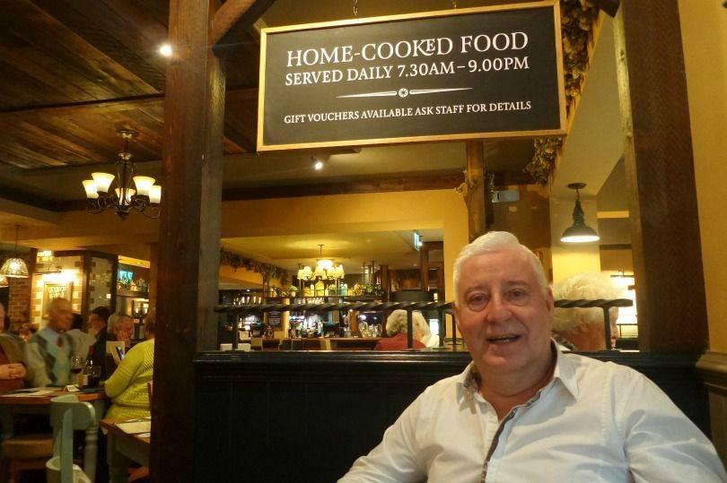 Dining at Kings lodge Inn