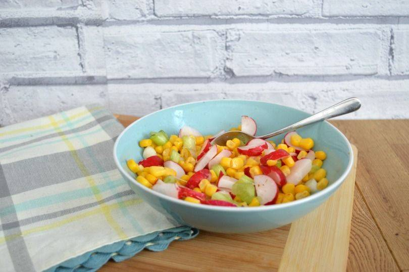 Radish and corn salad