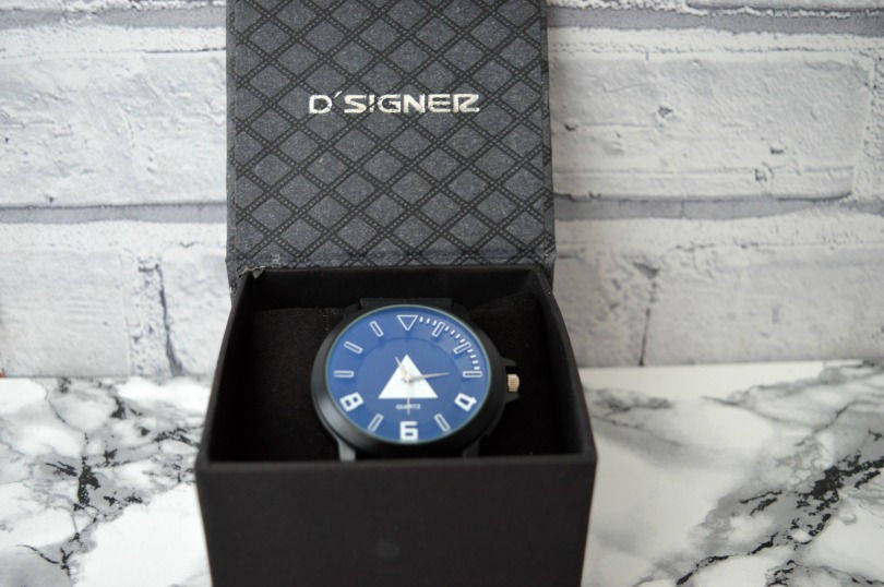 Personalised watch from GiftsOnline4U