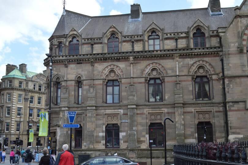 Mining institute building