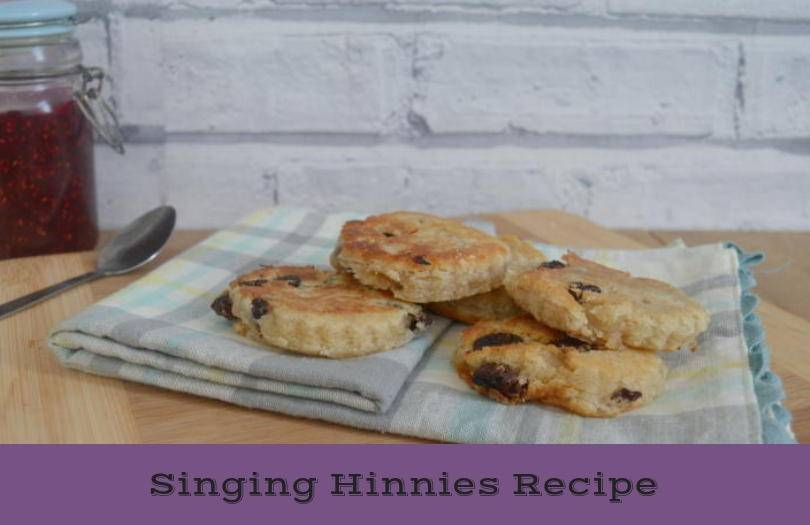 Singing hinnies on a teacloth