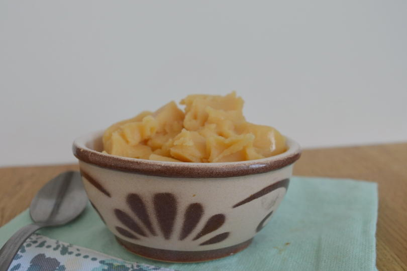 Pease pudding in a bowl