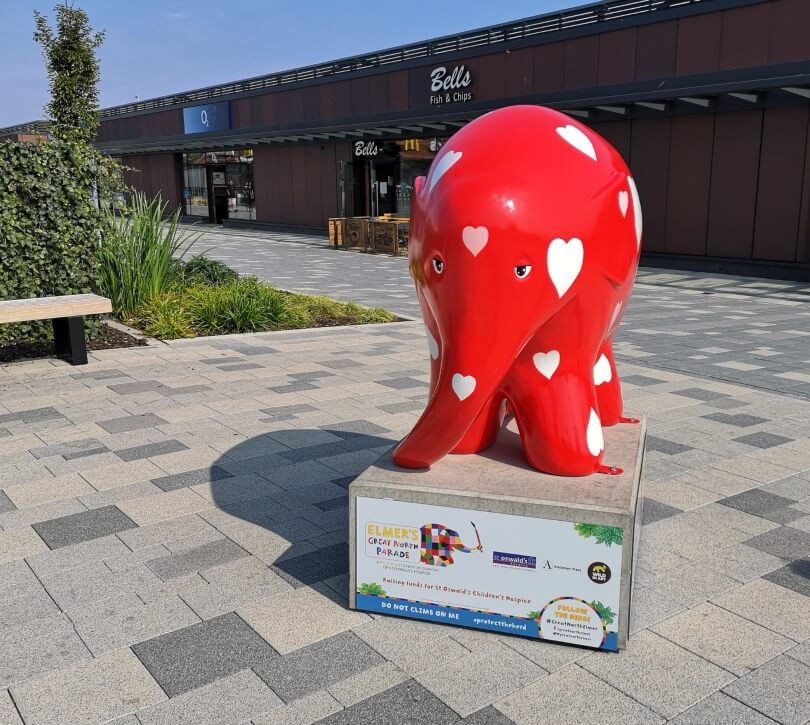 Sweetheart - large red elmer elephant with white hearts