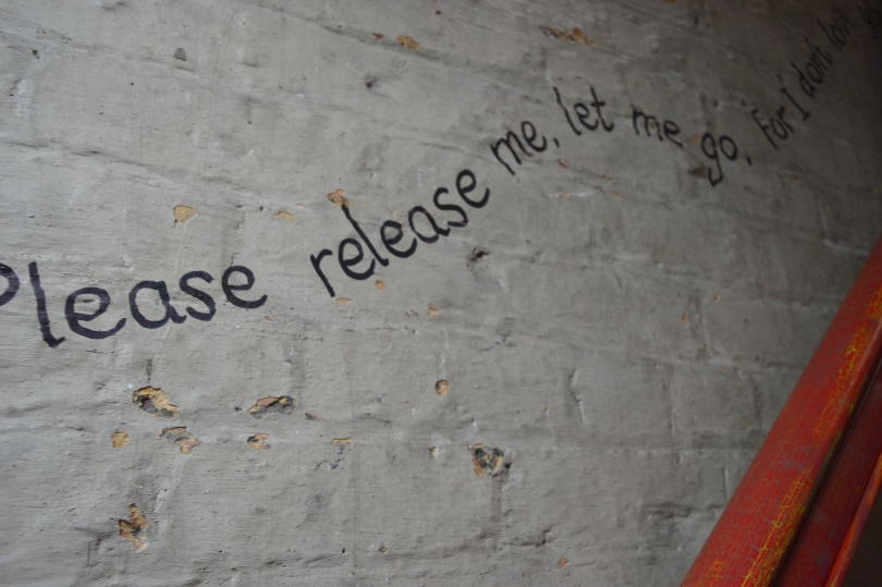Please release me song lyrics on the stair case