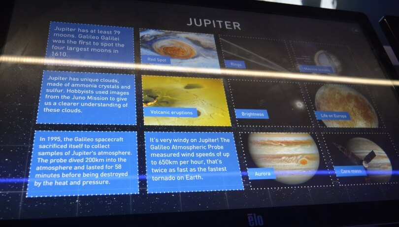 Facts about Jupiter on a screen